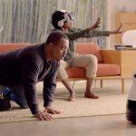 Kuri, es un robot rodante que tiene la capacidad de grabar toda clase de recuerdos hogareños sin tener que mover un dedo. El adorable artefacto te sigue a cualquier rincón de la casa; y, es capaz de almacenar cualquier clase de fotografías y vídeo. Mayfield Robotics; es la empresa encargada de fabricar el robot que saldrá oficialmente a la venta a principios de diciembre de este año.