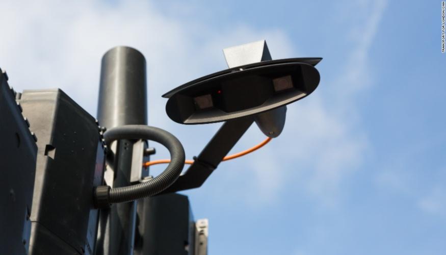 Londres instalará semáforos inteligentes que detectan peatones y autos
