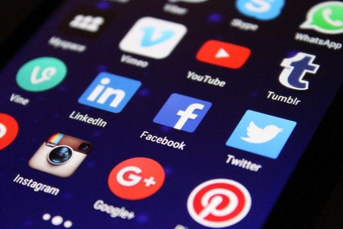 Somos dependientes de las redes sociales