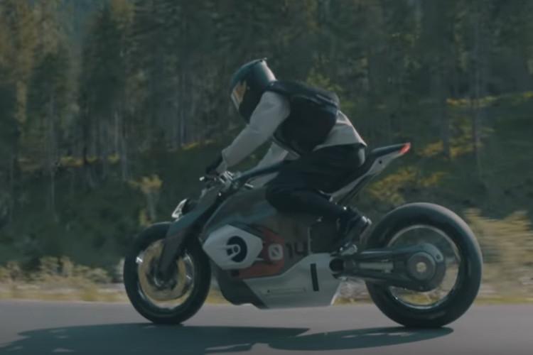 Motorrad Vision DC Roadster